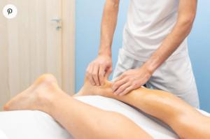 Massage du talon d'Achille massage pieds techniques réflexologie